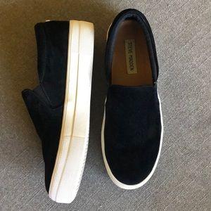 Steve Madden Black Suede Slip-on Sneaker